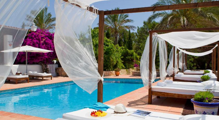 Best time to travel Ibiza Can Pere Hotel Rural
