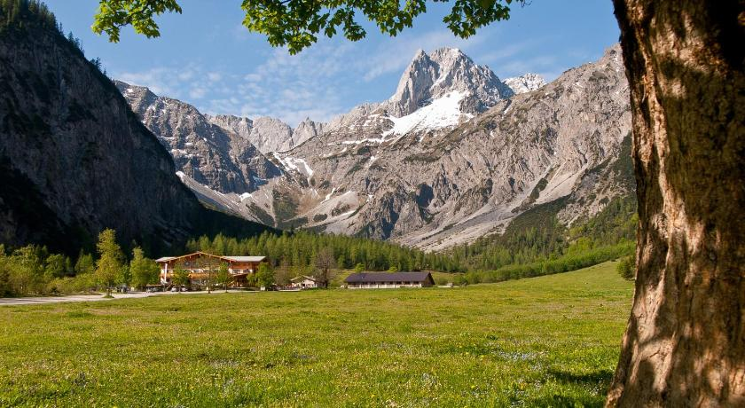 Best time to travel North Tyrol Gramai Alm alpengenuss & natur spa