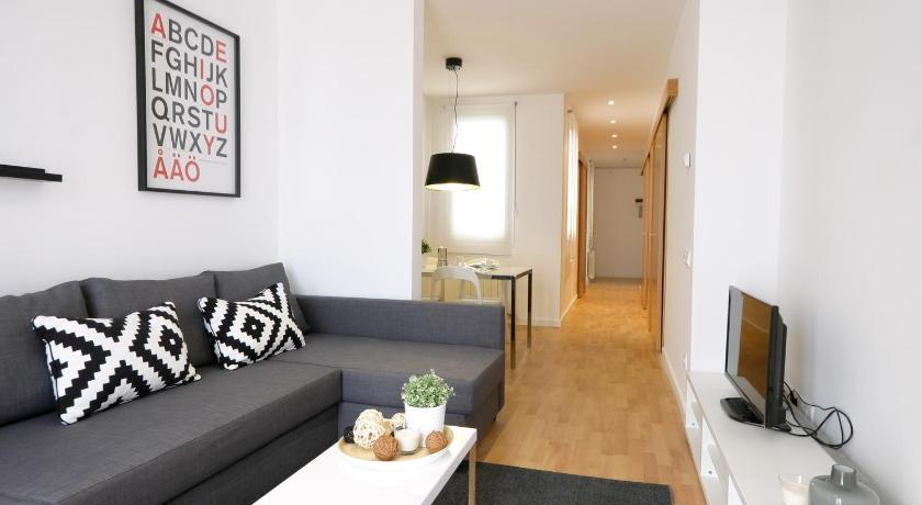 Best Price On Weflating Eixample In Barcelona + Reviews