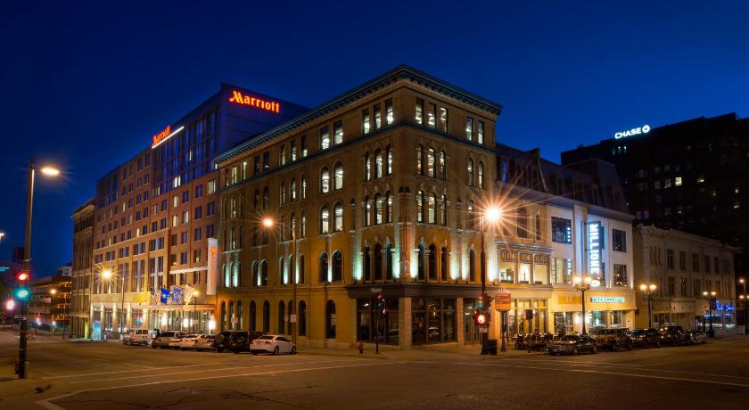 Best time to travel Milwaukee Milwaukee Marriott Downtown