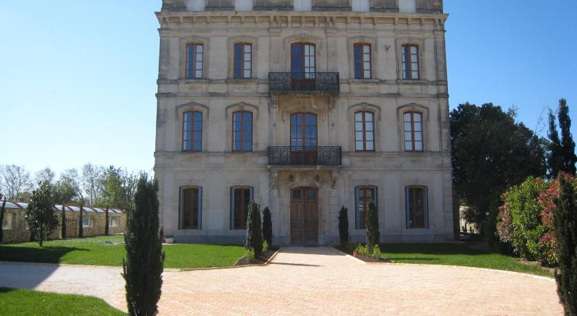 Best time to travel France Chateau Du Comte