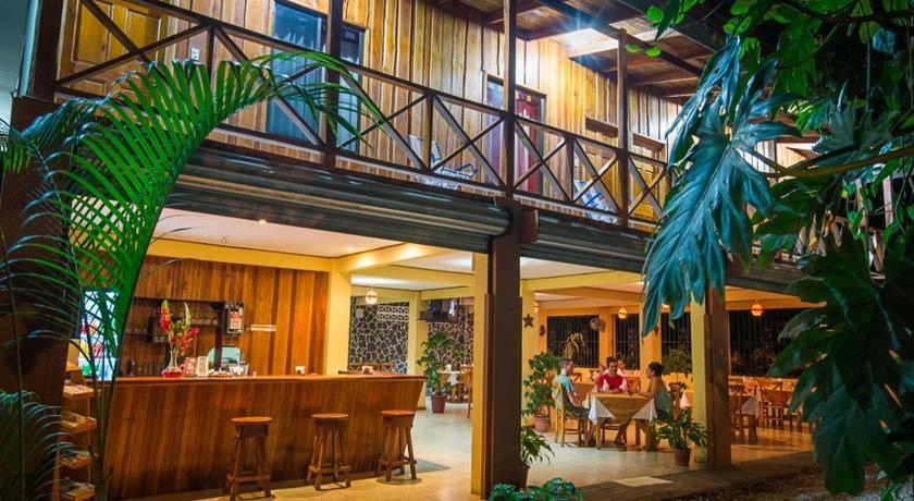 Best time to travel Chacarita H&B Lodge Restaurant