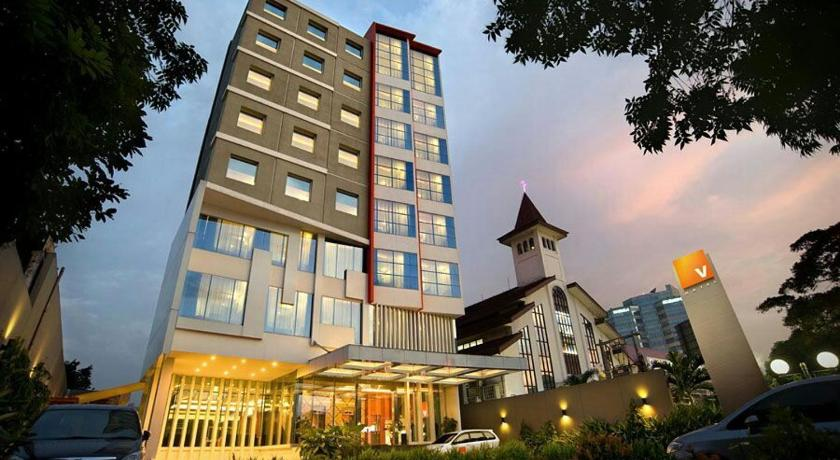 Best Price On V Hotel Jakarta In Jakarta Reviews