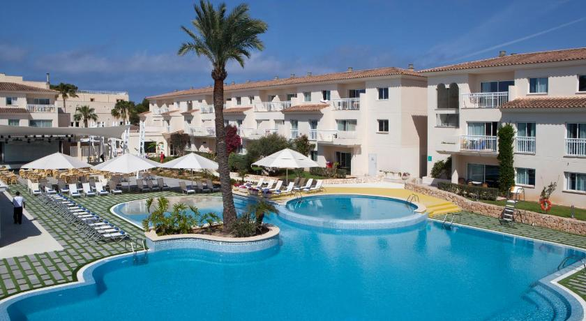 Best time to travel Majorca Aparthotel Isla de Cabrera