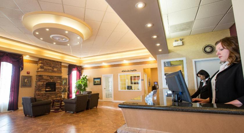 Best time to travel Canada Chateau Regina Hotel and Suites