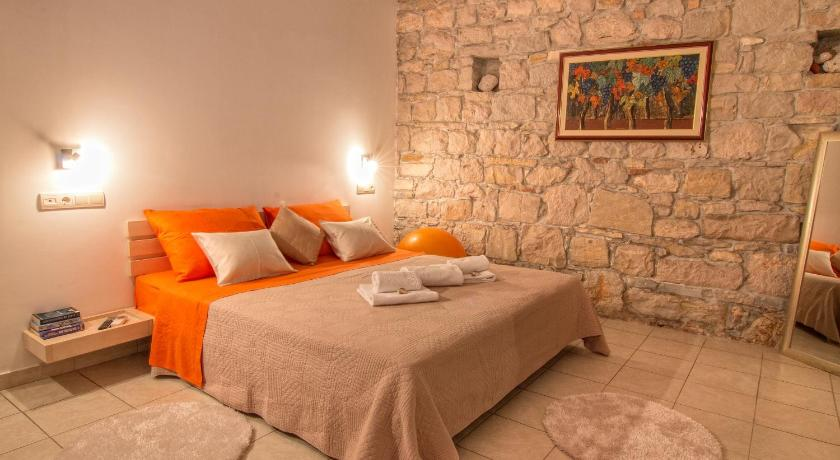 Best time to travel Solin Split Inn Apartments