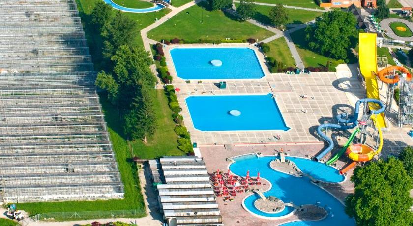 Superb Best Time To Travel Slovenia Happy Camp Mobile Homes In Camping Terme Čatež