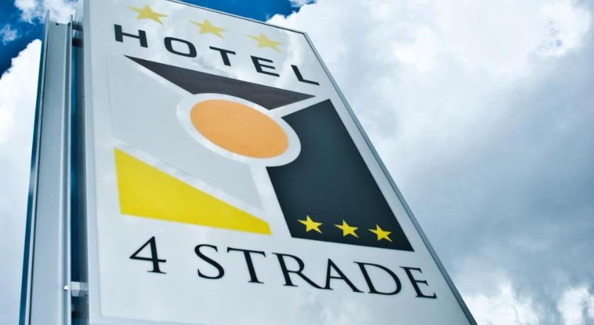 Best time to travel Italy Hotel 4 Strade