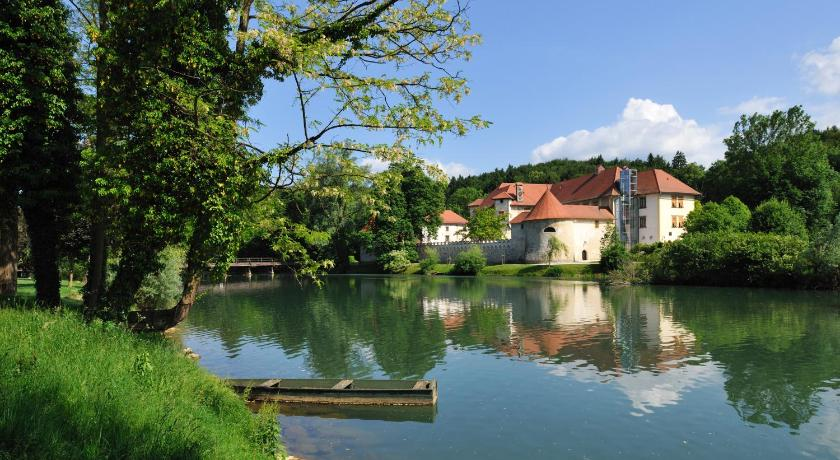 Best time to travel Slovenia Hotel Grad Otočec - Relais Chateaux