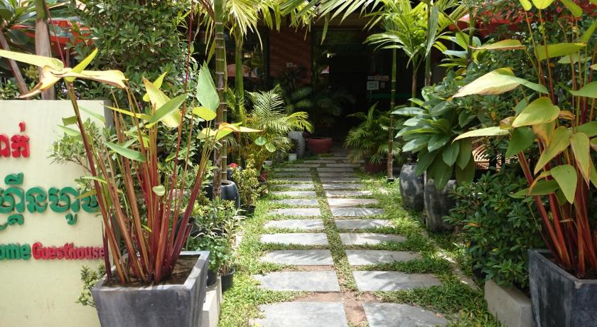 Best time to travel Cambodia Siem Reap Green Home Guesthouse