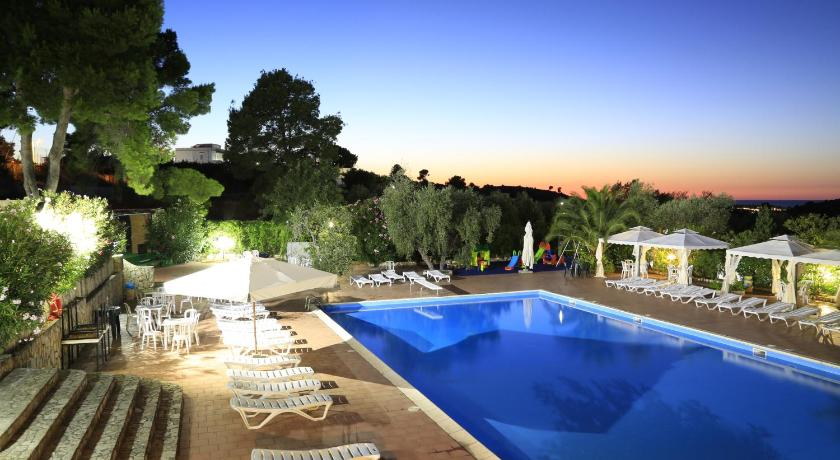 Best time to travel Italy Hotel Club Bellavista