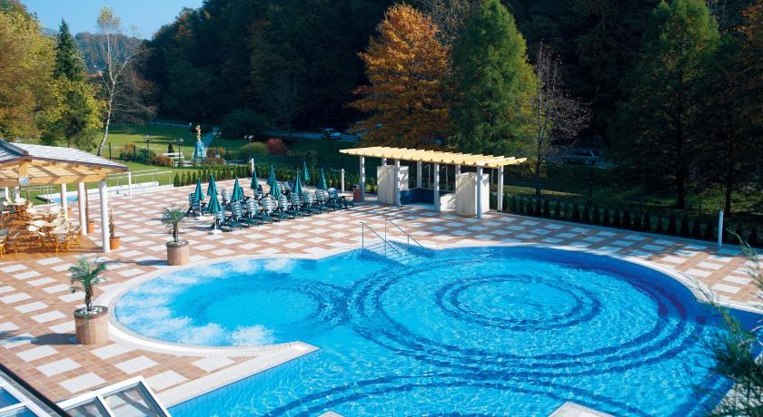 Best time to travel Slovenia Hotel Smarjeta - Terme Krka