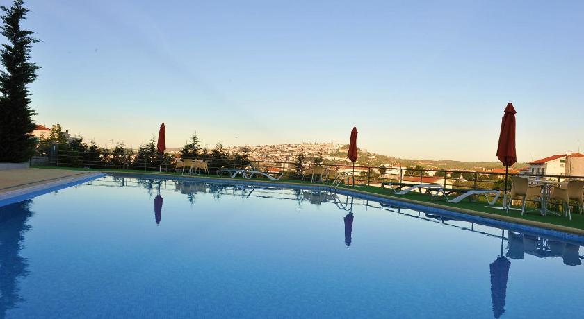 Best time to travel Portugal Hotel Lusitania Congress & Spa
