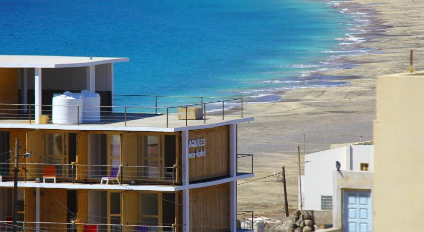 Best time to travel Mindelo Aquiles Eco Hotel