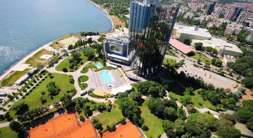 Best time to travel Istanbul Sheraton Istanbul Atakoy Hotel