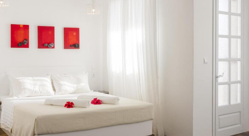 Best time to travel Greece Scorpios Hotel & Suites
