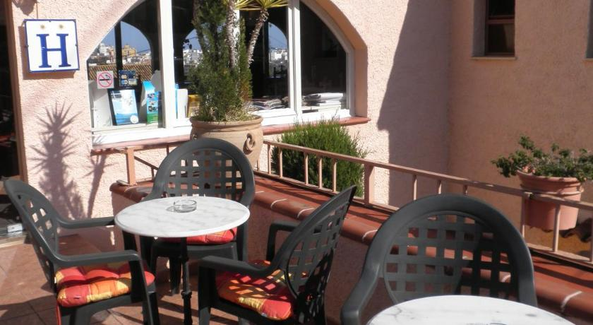 Best time to travel Spain Hotel Rocinante