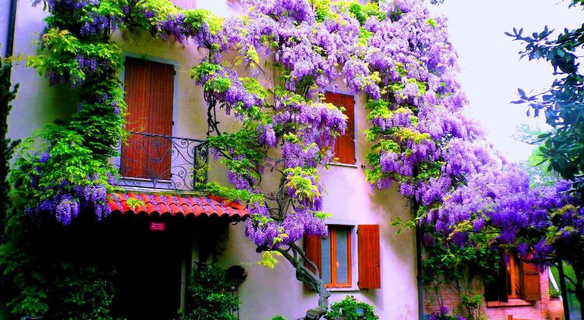 Best time to travel Lombardy Country Hotel Ristorante Querce