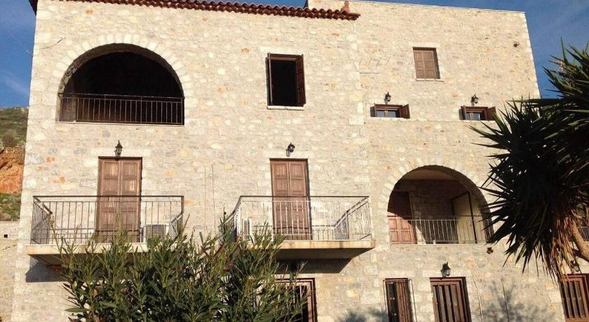 Best time to travel Greece Las - Giannakakoy Traditional Stone Houses