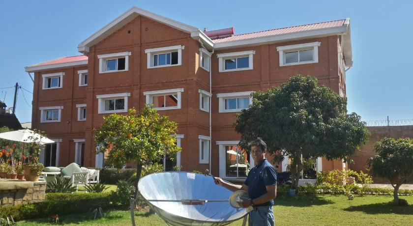 Best time to travel Antananarivo GraceHouse B&B Ivato airport