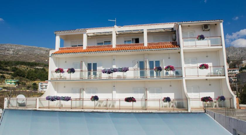 Best time to travel Solin Apartments and Rooms Villa Javor