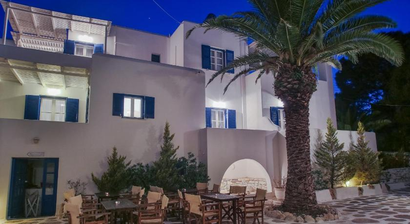 Best time to travel Greece Nicos Studios & Apartments
