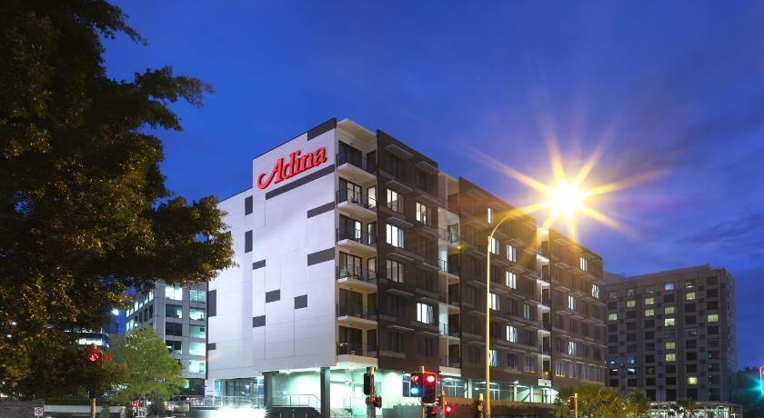 Best time to travel Australia Adina Apartment Hotel Sydney Airport