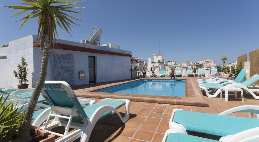 Best time to travel Spain Apartamentos Casa Maria