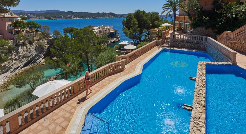 Best time to travel Majorca Hotel Petit Cala Fornells