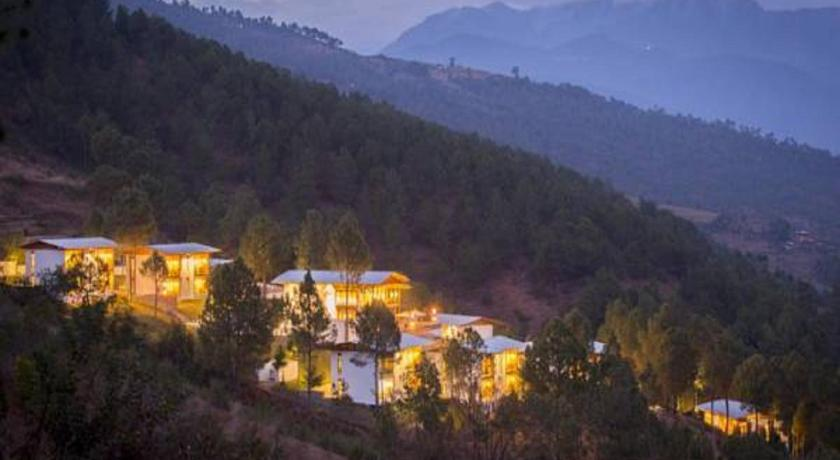 Best time to travel Punakha Dhensa Boutique Resort