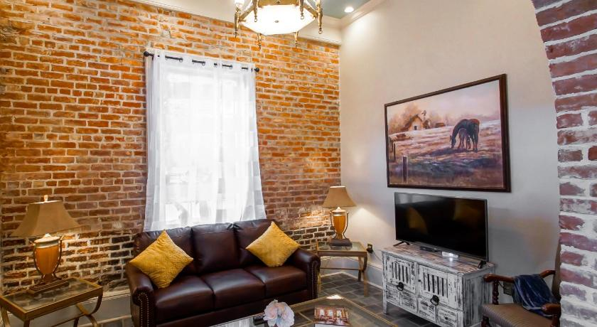 french quarter luxury two bedroom suite 1204 new orleans la united