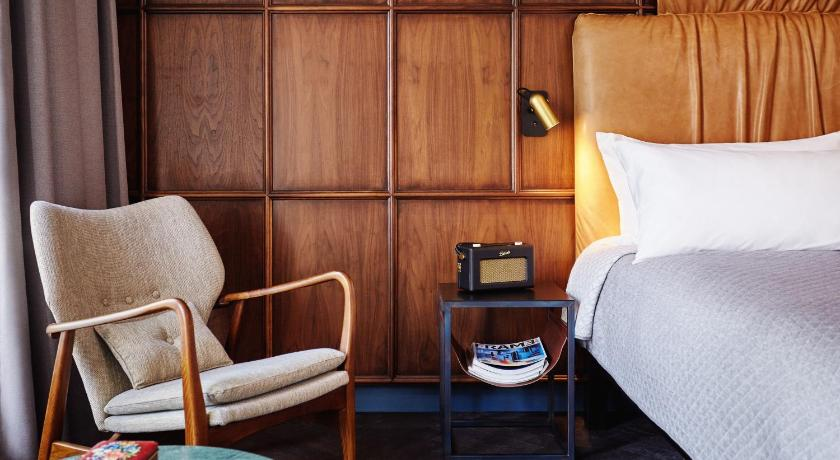 The hoxton insider city guides for Hipster hotel prague