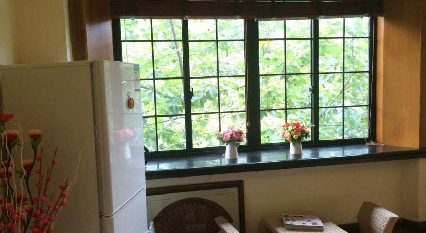 Best Price on Warm Home Jing\'s House Japanese Style Apartment in ...