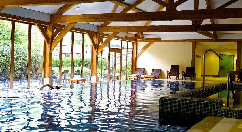 Best price on luton hoo hotel golf and spa in london reviews for Hotels in luton with swimming pool