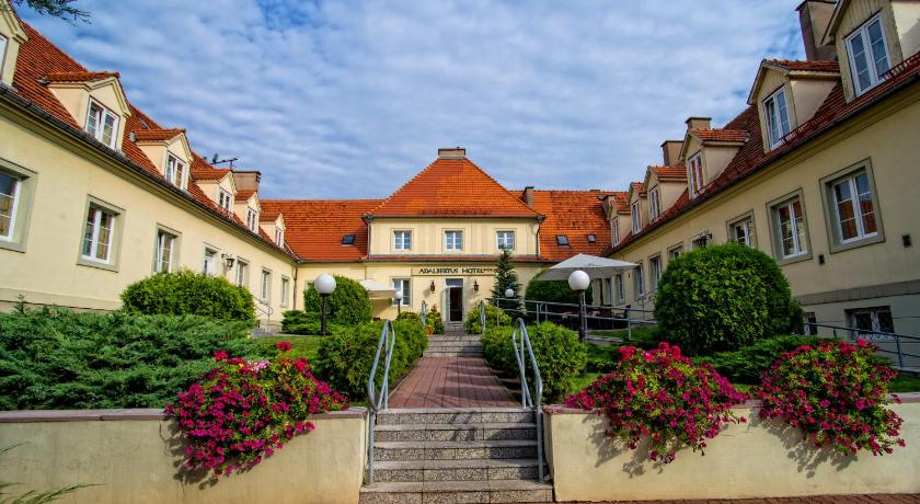 Best time to travel Poland Hotel Adalbertus