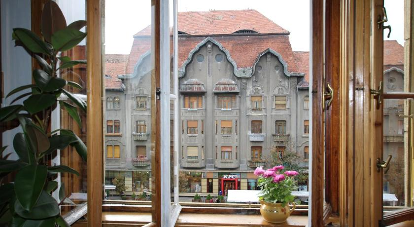 Best time to travel Timisoara DownTown Hostel
