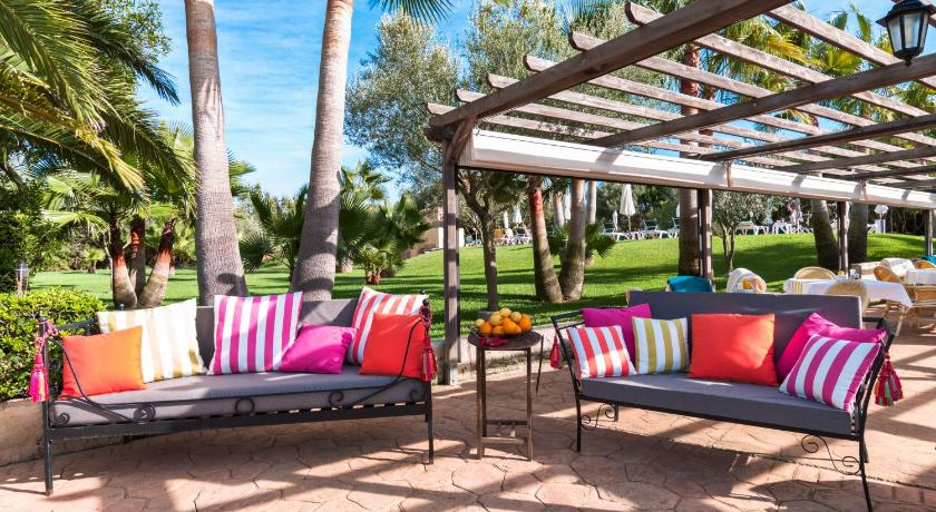Best time to travel Majorca Ses Rotes Velles - Petit Hotel