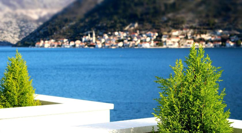 Best time to travel Tivat Apartment MiraMare