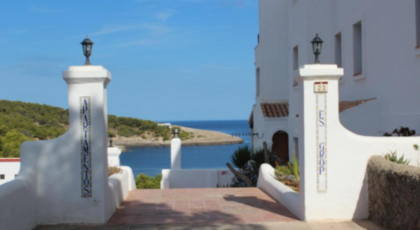 Best time to travel Spain Es Grop Apartments