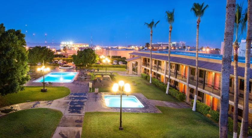 Best time to travel Mexico Hotel Colonial Mexicali