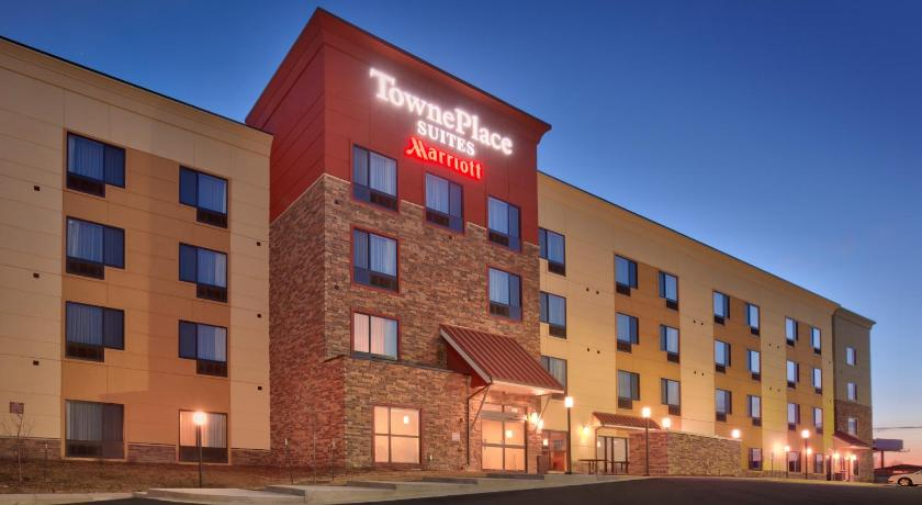 Airport Hotel Killdeer Hotels At Pete S Port