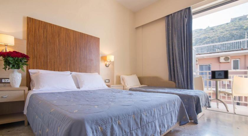 Best time to travel Poros Hotel Elena