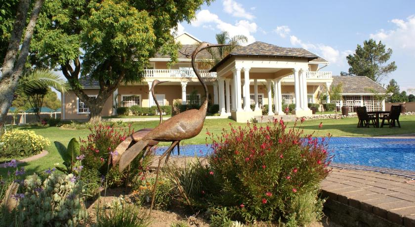 Best time to travel Centurion Attaché Guest Lodge & Health Spa