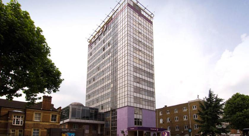 Best time to travel United Kingdom Premier Inn London Hammersmith