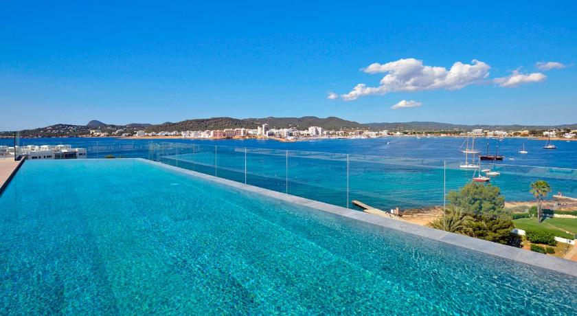 Best time to travel Formentera Sol House Ibiza