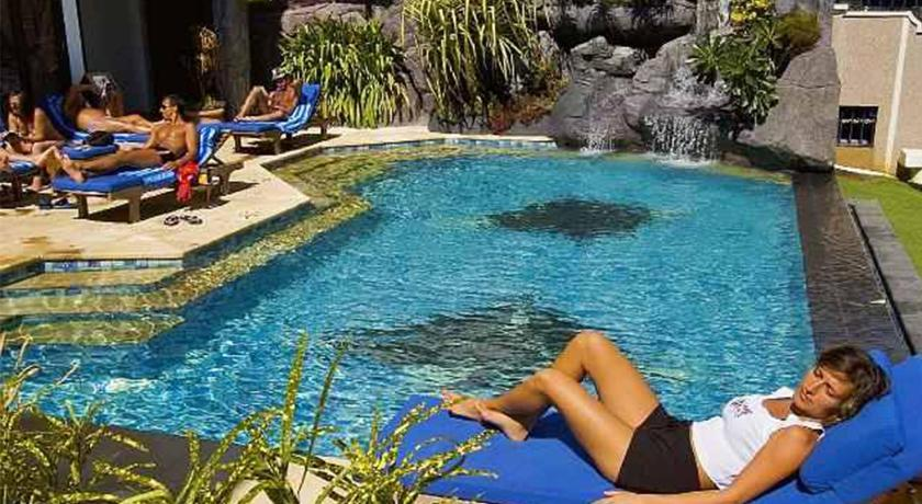 Best time to travel Micronesia Manta Ray Bay Resort
