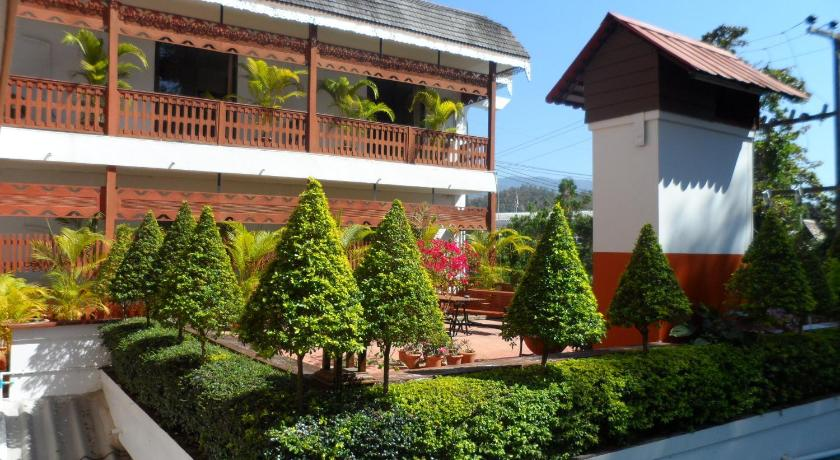 Best time to travel Pai Baiyoke Chalet Hotel