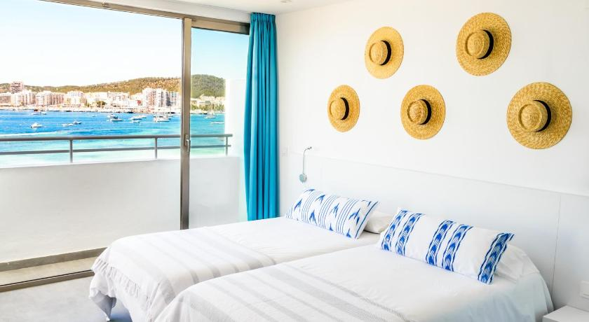 Best time to travel Ibiza Hotel Apartamentos Marina Playa - Adults Only