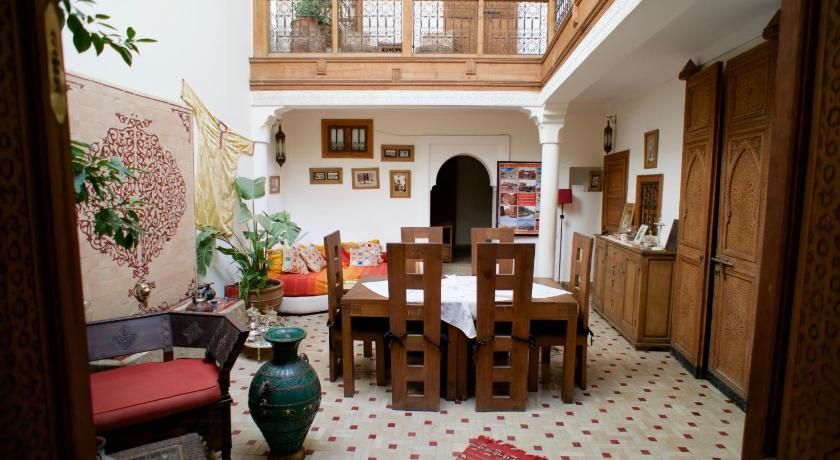 Best time to travel Morocco Riad Alghani