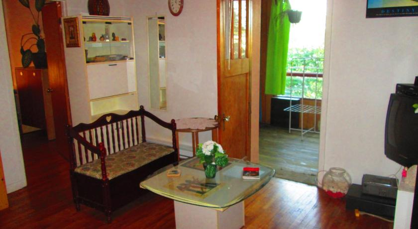 Best time to travel Canada Retro 3-Bedroom Apt. by Metro Station